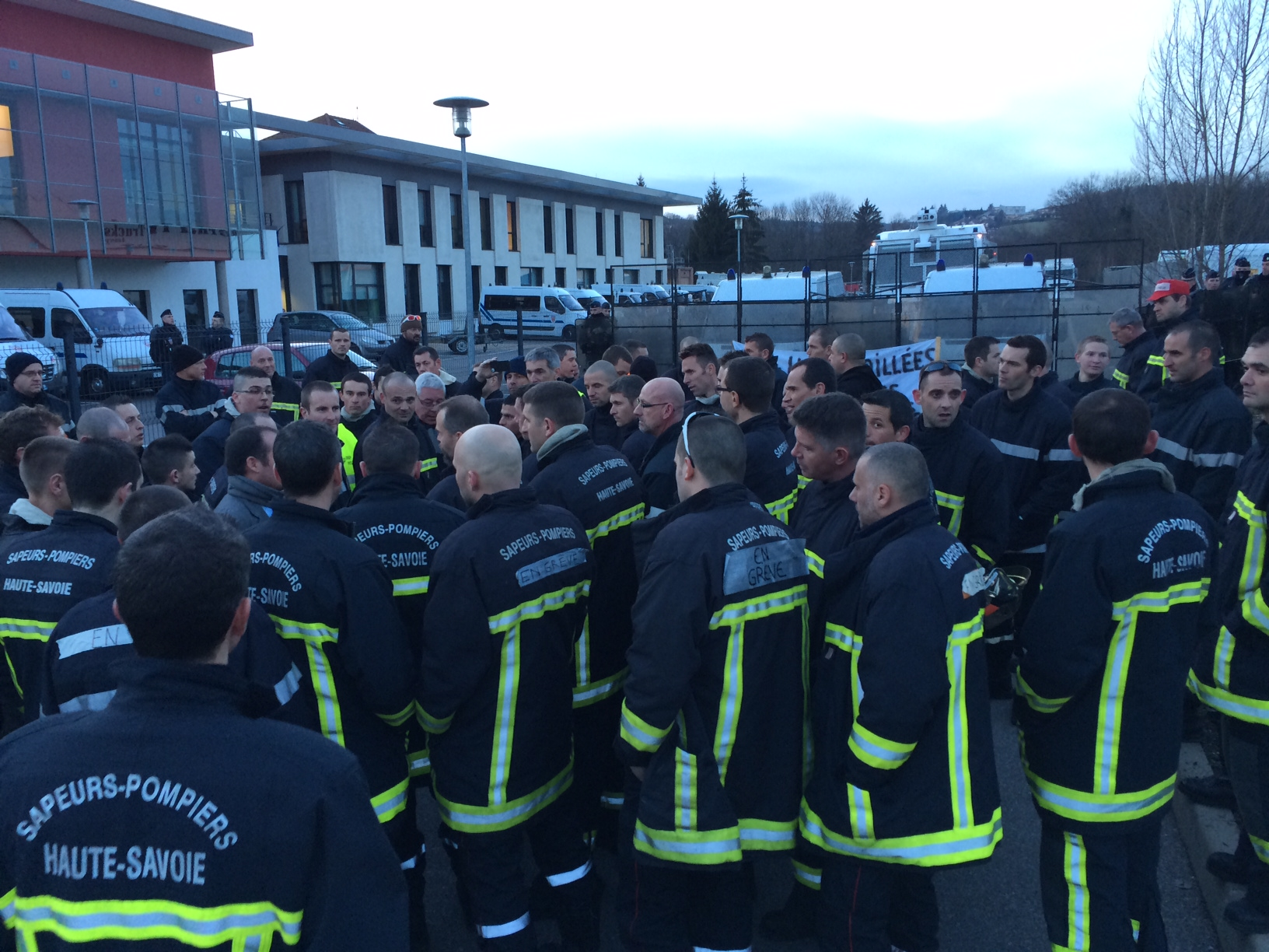Photo 1 cfdt pompiers pats - Grille salaire police municipale ...